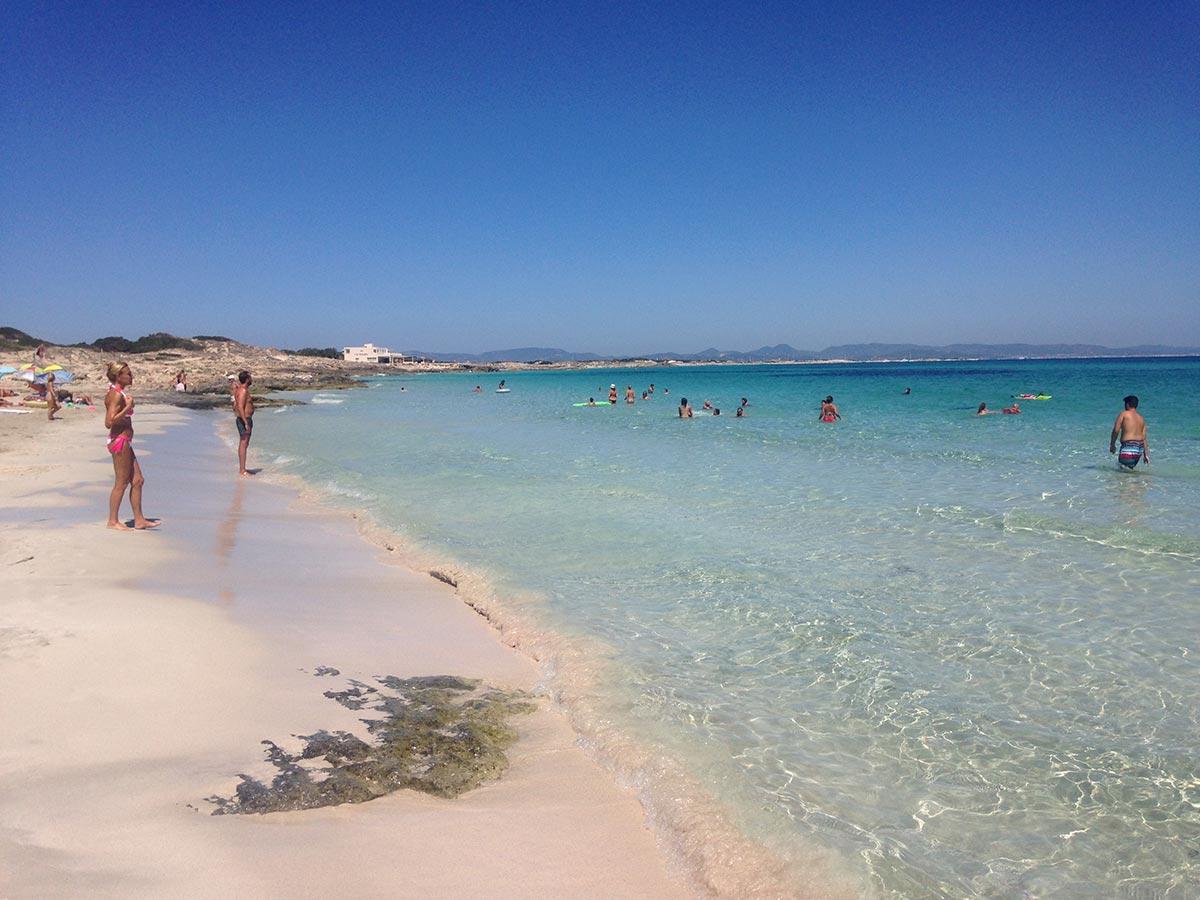 Playa Ses Canyes en Es Pujols