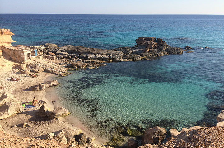 Cala de los Muertos, Formentera