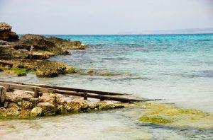 Embarcadero en Es Caló des Morts en Formentera