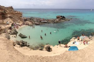 Es Caló del Morts, Formentera