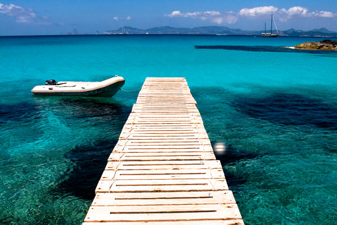 Pasarela al mar en Es Moli Marroig