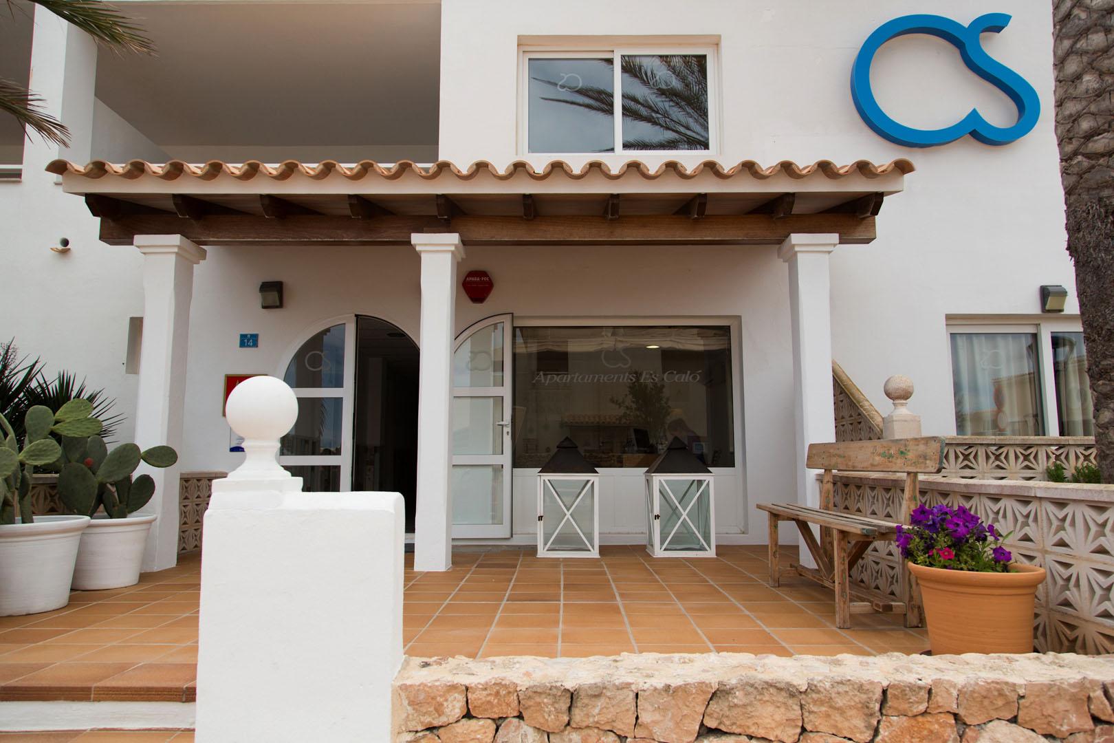 Apartamentos Es Caló Formentera - Entrada