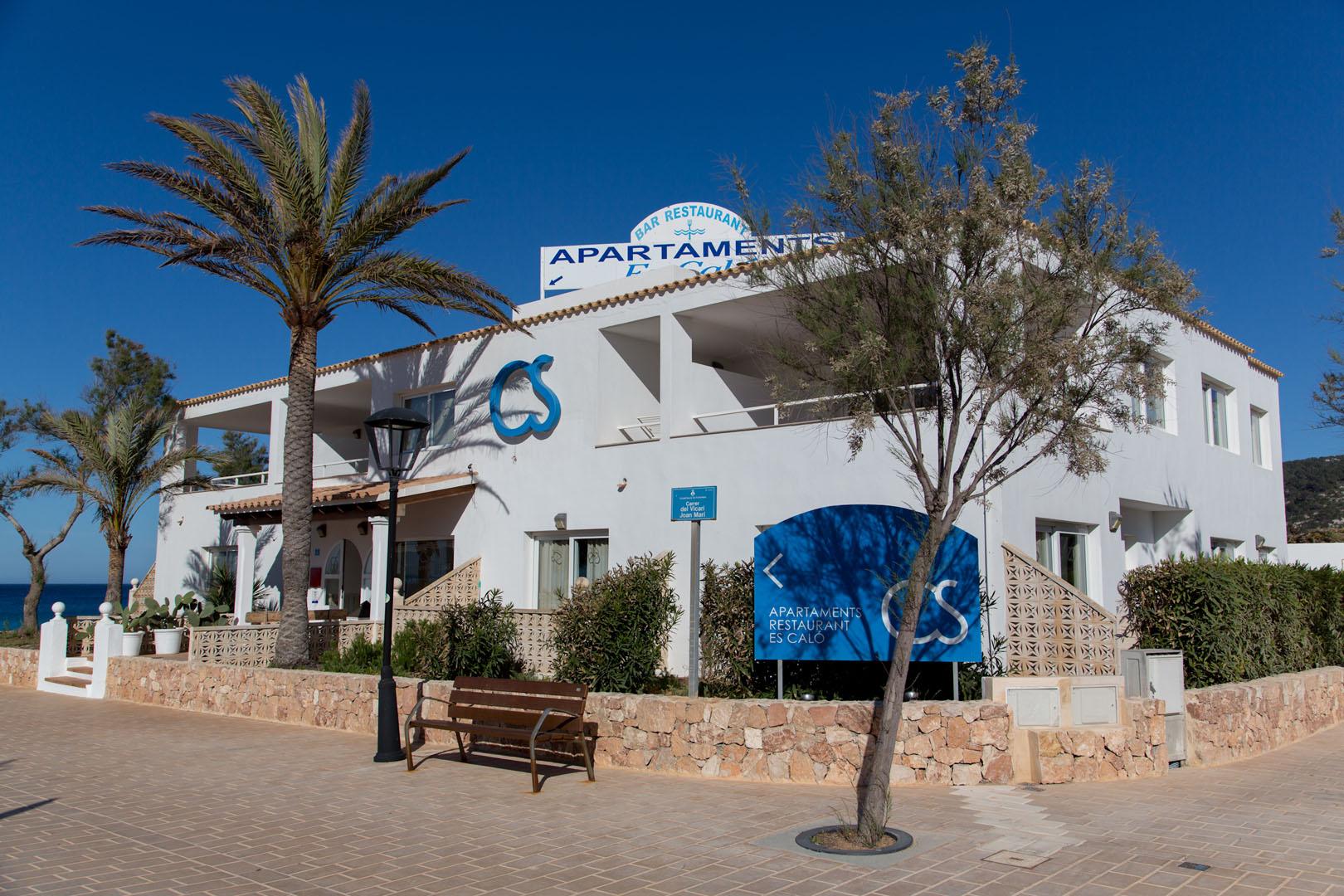 Apartamentos Es Caló Formentera - Fachada