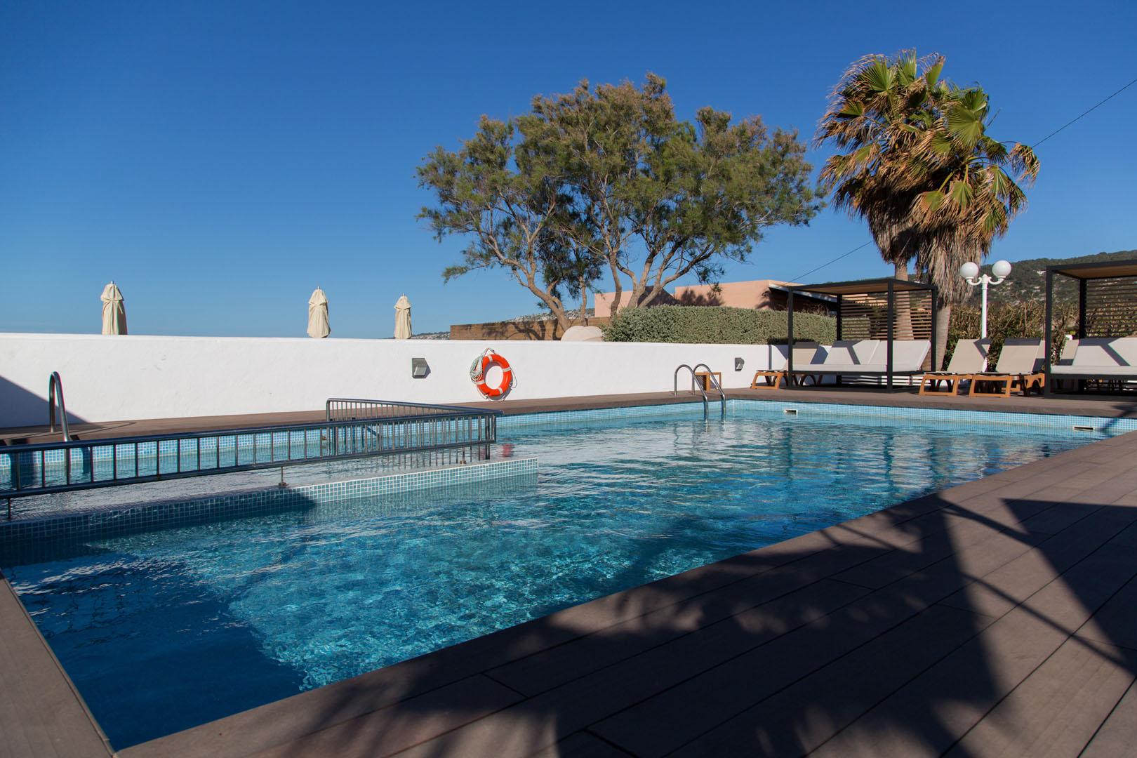 Apartamentos Es Caló Formentera - Piscina panorámica