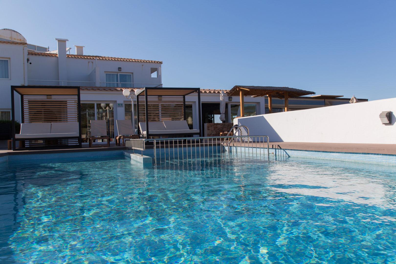 Apartamentos Es Caló Formentera - Piscina