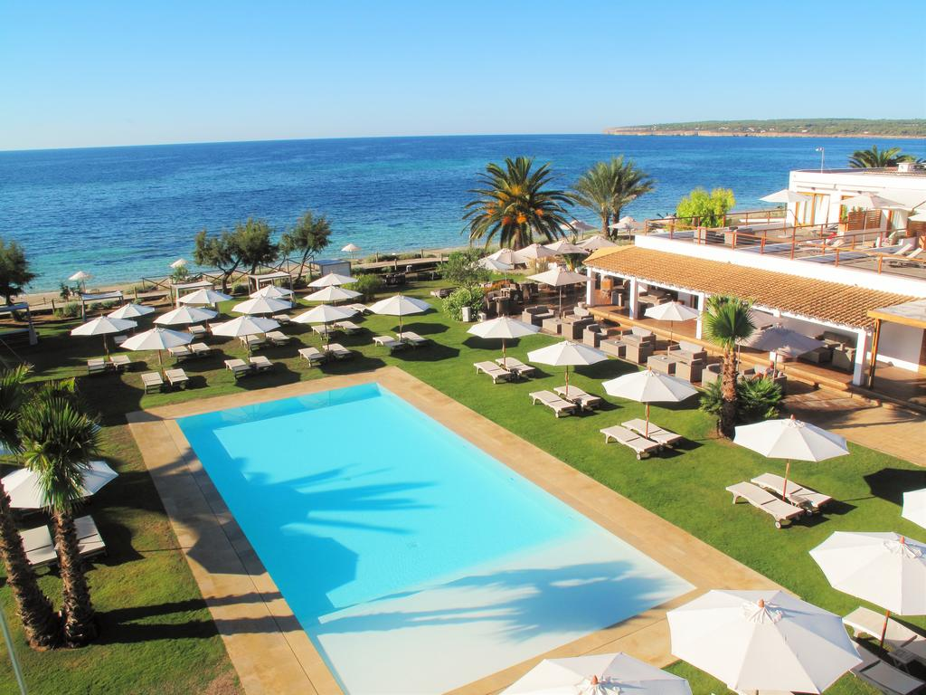 Piscina en Hotel Gecko Formentera