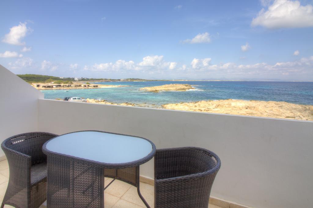Terraza en Hotel Rocabella