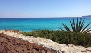 Vistas de Playa de Tramuntana en Formentera