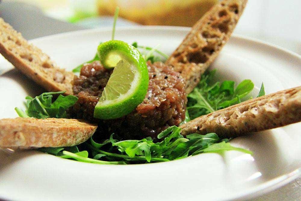 Tartar en Restaurante Can Pepito
