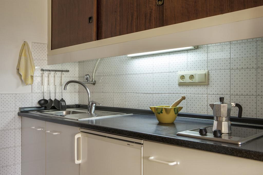 Apartamentos María Vacaciones Formentera, equipación cocina