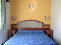 Hostal Illes Pitiuses, habitación