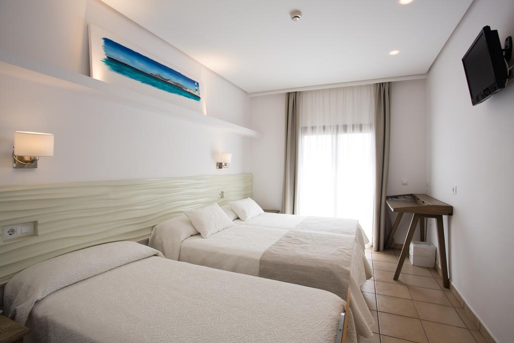 Habitaciones grupales en Hotel Bahía Formentera