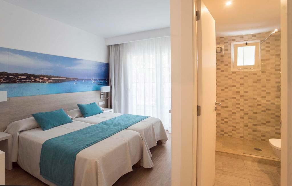 Habitación doble en Hostal Es Pi, Formentera
