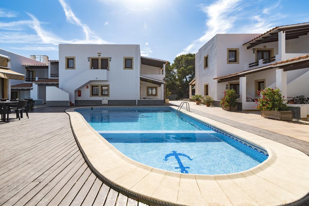 Apartamentos Mar y Sal en Formentera, instalaciones