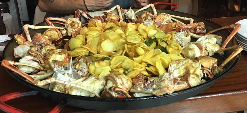 Restaurante Es Caló, bogavante con patatas fritas