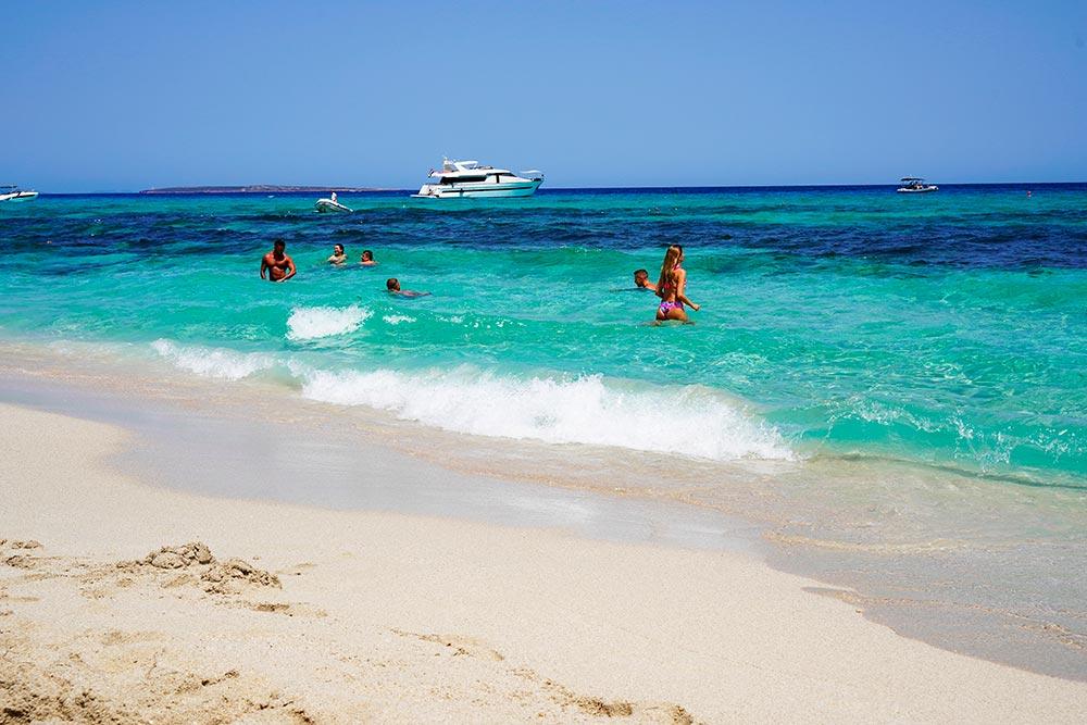 Playa de Llevant en el chiringuito restaurante Tanga