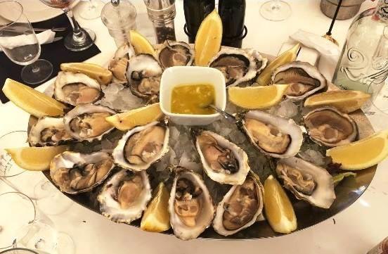 Restaurante Juan y Andrea, fuente de ostras