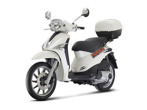 Dónde alquilar una moto en Formentera